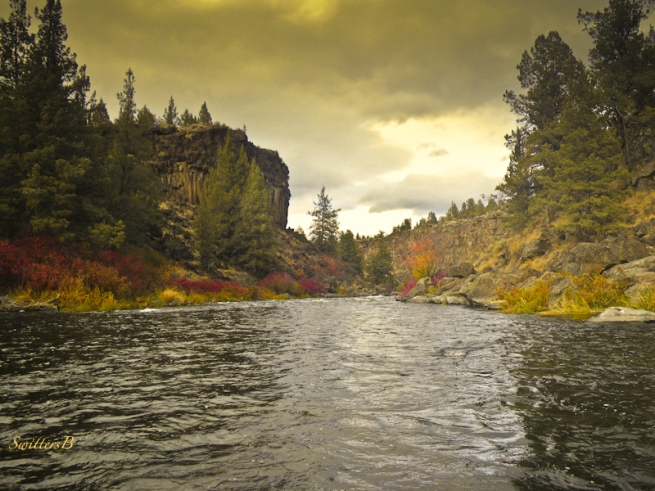 foley water-Oregon-rivers-Deschutes-photo-SwittersB