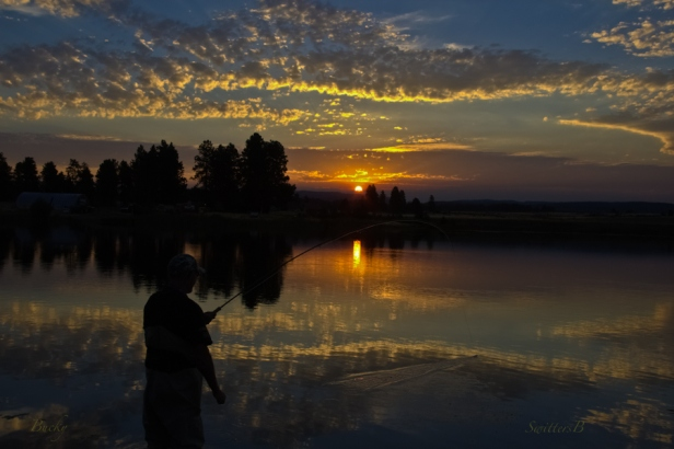 last light-fish on-sunset-Oregon-SwittersB-Bucky