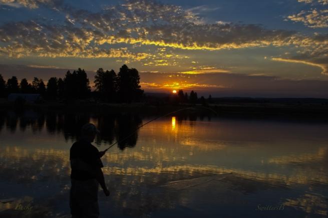 last light-fish on-sunset-Oregon-SwittersB-Bucky