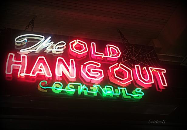 old sign-neon-bar-SwittersB-vintage