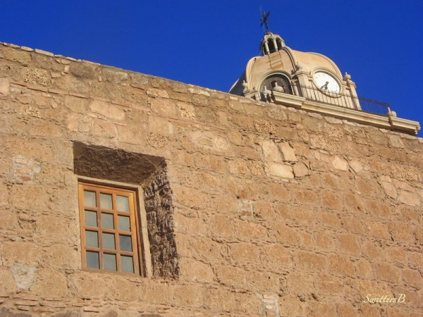 loreto-church-recessed window-wall-Mexico-SwittersB