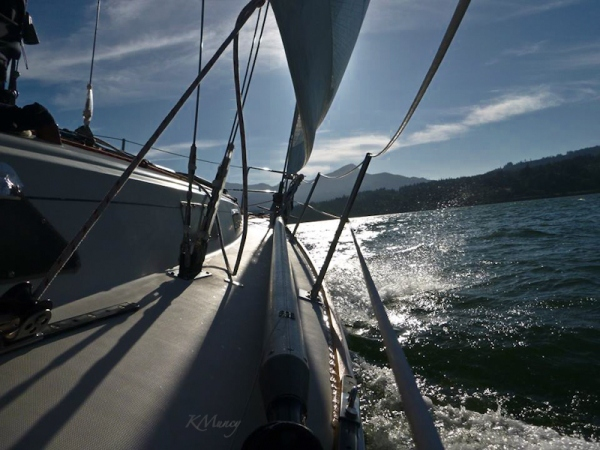 sailboat-Columbia River-Oregon-Kelly Muncy-SwittersB