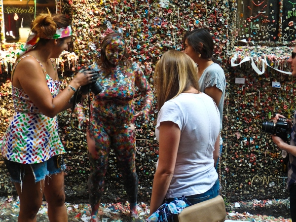gum wall, painted girl, Seattle, SwittersB