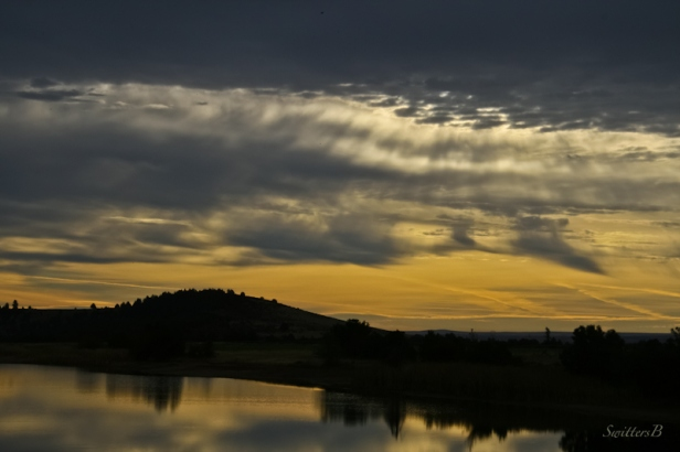 optimism-new day-morning-lake-Oregon-SwittersB