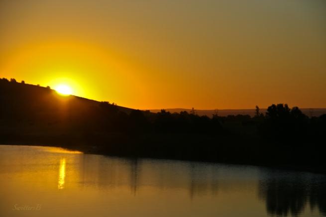 new day-sunrise-lake-Oregon-SwittersB