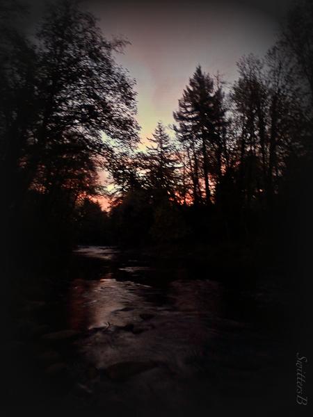 red sky-morning-river-SwittersB