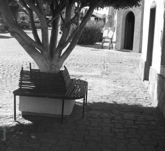shade-bench-Mexico-SwittersB