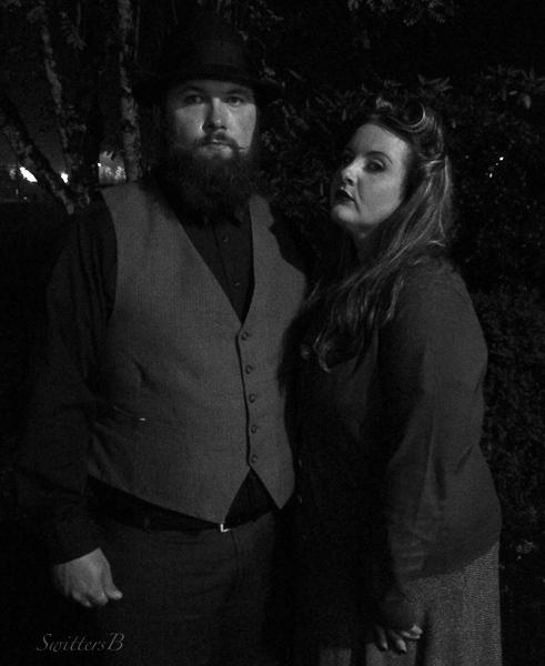 mistrust-dark-somber-couple-SwittersB
