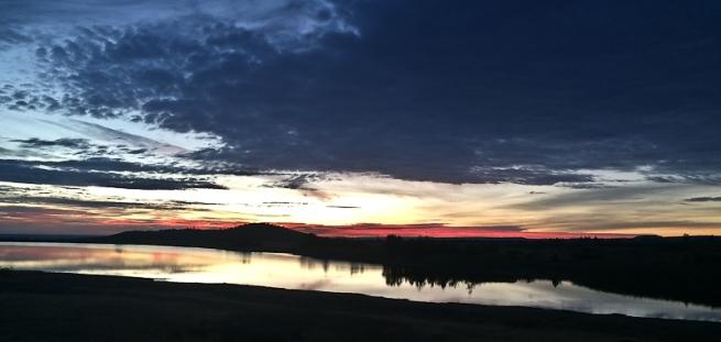 morning-lake-dawn-clouds-SwittersB-2