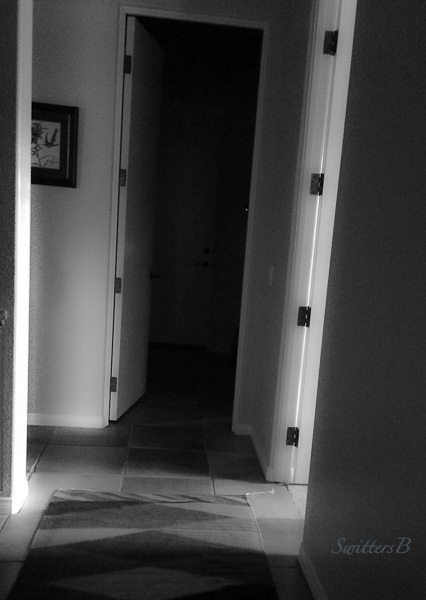 hallway-darkness-light-SwittersB-2_HDR