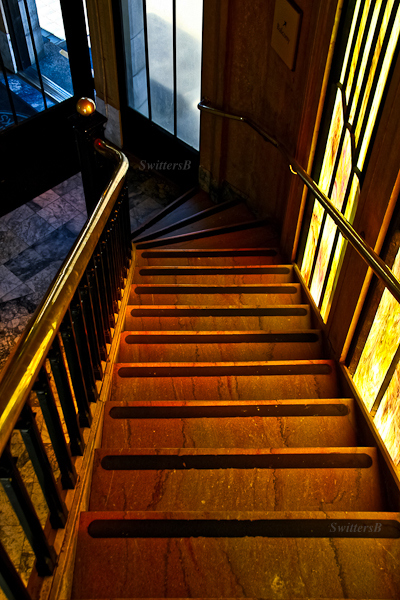 staircase-vista house-Oregon-SwittersB