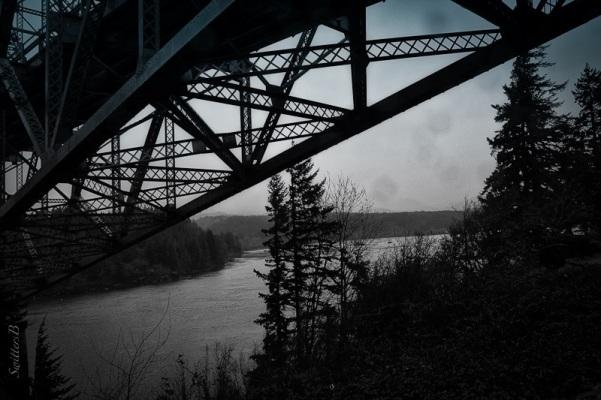 Bridge of the Gods-Columbia River-Oregon-SwittersB