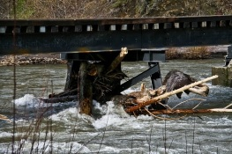 logjam-railroad bridge-log jam-Hood R.-SwittersB