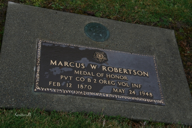 Marcus Robertson Medal of Honor Winner SwittersB