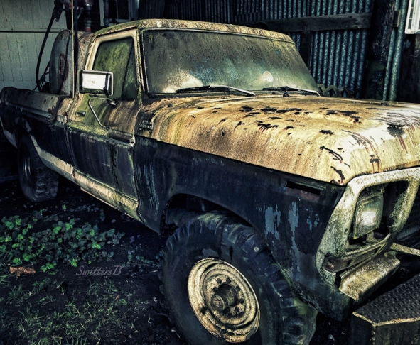 old pickup-seldom used-farm-SwittersB-Edit