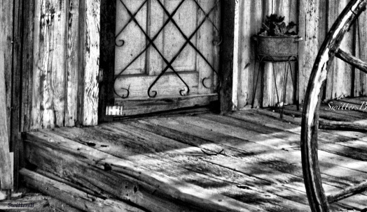 desert-porch-old wood-SwittersB