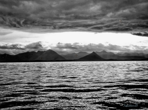 x Alaska-mountains-Sitka-water-SwittersB