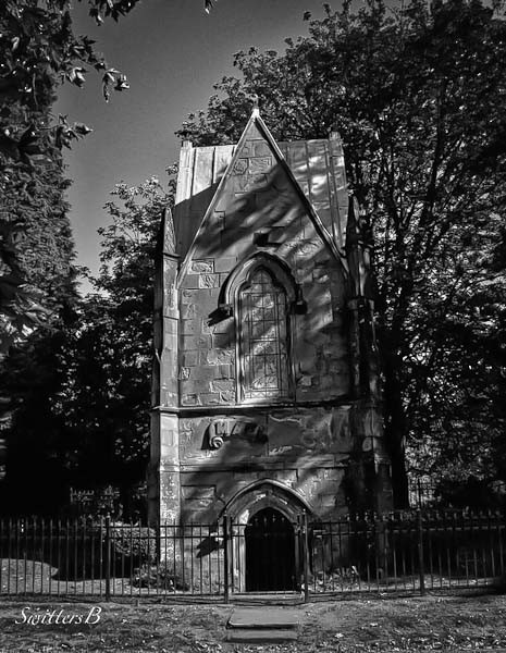 Lone Fir Cemetery-Macleay Mausoleum-Portland-SwittersB
