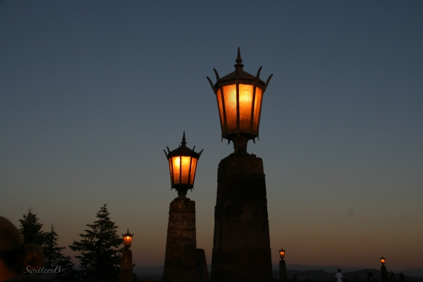 Dusk-Rocky Butte-lights-Portland-SwittersB