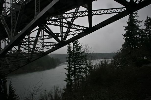bridge-of-the-gods-cascade-locks-oregon-swittersb