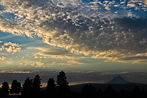 oregon-mt-hood-dusk-clouds-swittersb-edit
