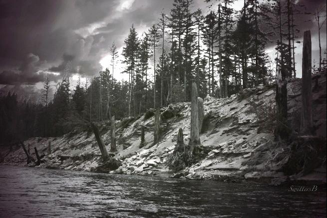 sandy-river-water-levels-dark-sky-swittersb