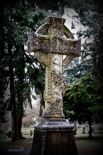 lone-fir-edit-grave-marker-portland-swittersb