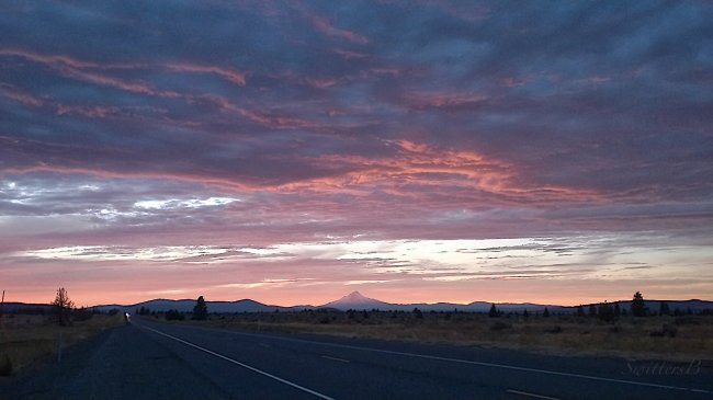 mt-hood-oregon-hwy-26-sunset-swittersb