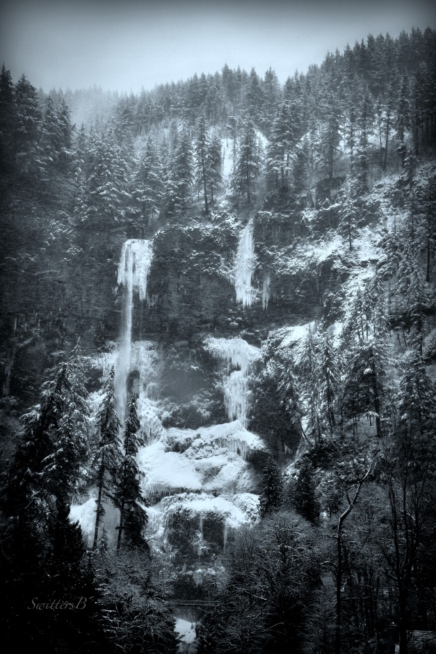Multnomah Falls-Oregon-SwittersB.jpg