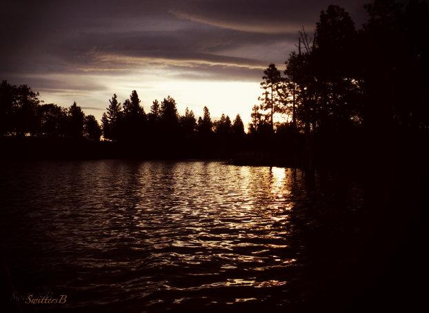 Dusk-Oregon-lake-SwittersB