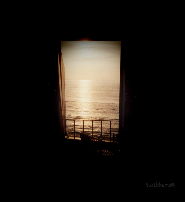 ocean window-view-SwittersB