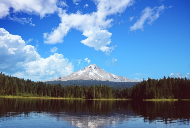 Trillium Lake-Mt. Hood-Oregon-SwittersB