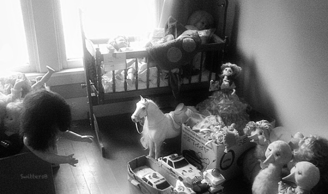Toy-attic-BW-SwittersB