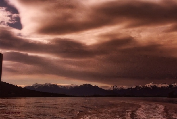 alaska-brooding sky-mountains-SwittersB
