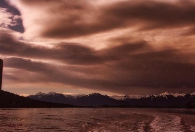 alaska-brooding sky-mountains-SwittersB