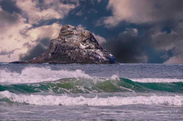 Castle Rock-Arch Cape-Oregon Coast-SwittersB