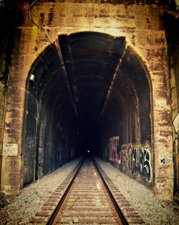 RR-Tunnel-light-SwittersB