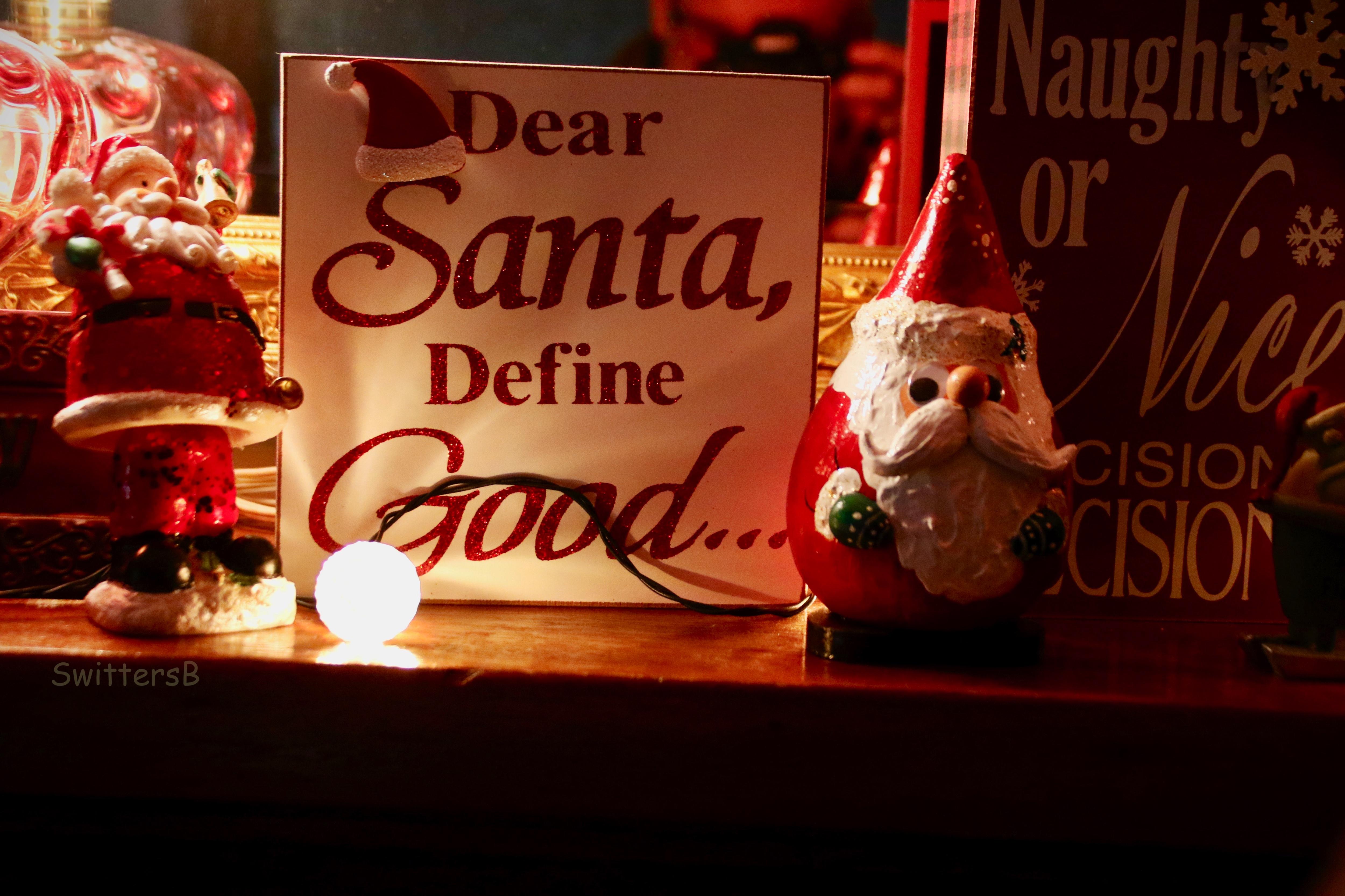 Christmas-Mantle-Define Good-SwittersB