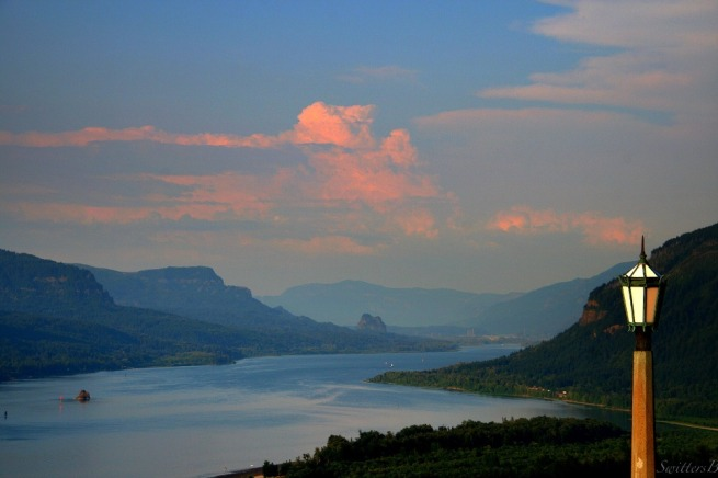 Dusk-Crown Point-Columbia River-Oregon-SwittersB