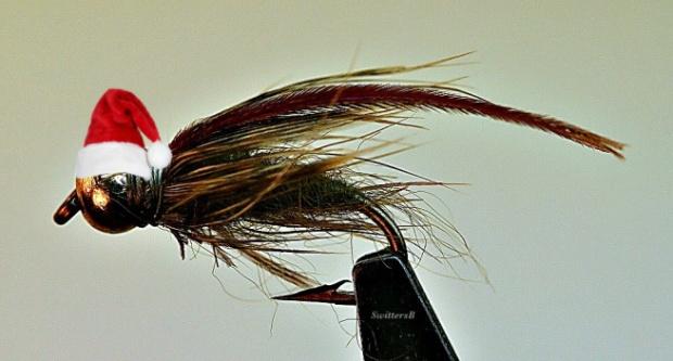 Santa Hat-macro-caddis-pupa-fly-tying-swittersb