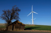 Old Shed-Wind Turbines-Duusk-Oregon-SwittersB